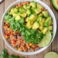 Instant-Pot Mexican Quinoa Bowl (vegan)