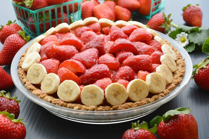 Fresh vegan strawberry pie