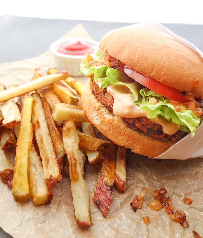 Vegan In-N-Out with oven baked fries