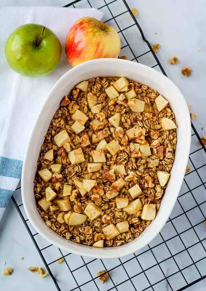 Baked Oatmeal with Apples & Walnuts
